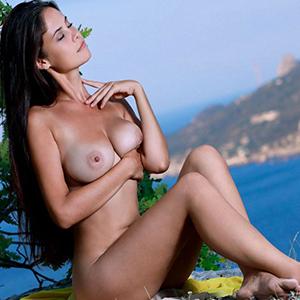 Samotna dama Moana call girls 7 escort Berlin ręka relaks rezerwacja hotelu